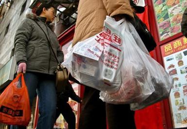 Полиэтиленовые пакеты попали под запрет в Китае